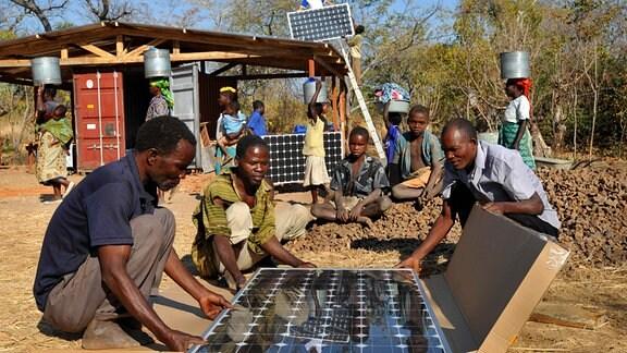 Solarpanels Projekt Afrika Einfach genial