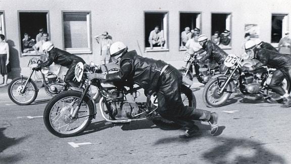 Straßenrennen waren zu DDR-Zeiten ein Publikumsmagnet