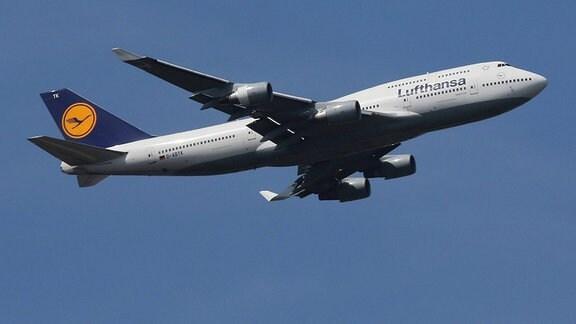 Lufthansa-Flugzeug 2019 in der Luft