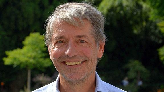 Porträt Tourismusforscher Professor Jürgen Schmude