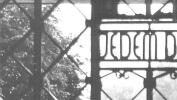 """KZ Buchenwald Eingang """"Jedem das Seine"""""""