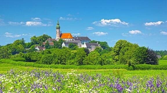 Kloster Andechs im Frühsommer