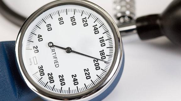 Blutdruckmesser, 2009