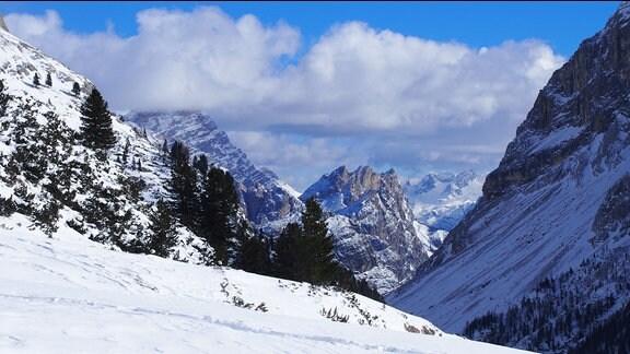 Bis ins Ampezzaner-Tal kann man von der Fanes Alm aus schauen.