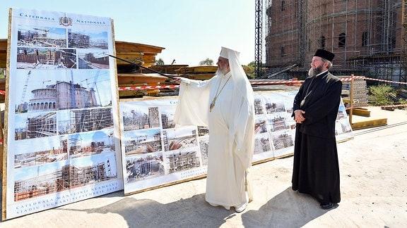 Rumänisch-orthodoxer Patriarch Daniel besucht die Baustelle der Kathedrale