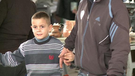 Junge in Montenegro