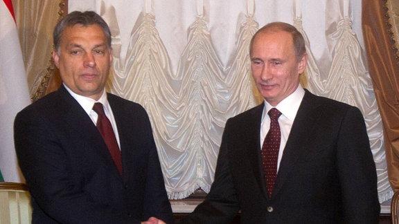 Ungarns Präsident Viktor Orbán und Russlands Präsident Wladimir Putin hatten den Russisch-ungarischen-Atomdeal schon im November 2010 eingerührt.