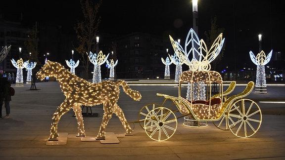 Weihnachtsschmuck in Belgrad