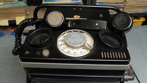 Das erste DDR Handy, wird in Luckenwalde gezeigt, das Mobilfunkgerät wurde Ende der 70er Jahre im Funkwerk Köpenick für Mexico entwickelt