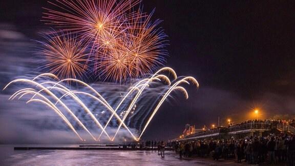 Feuerwerk am Küstenort Selenogradsk