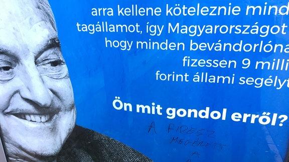 Plakataktion gegen den ungarischstämmigen US-Finanzinvestor George Soros