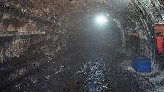 Tunnel in einem Kohlebergwerk