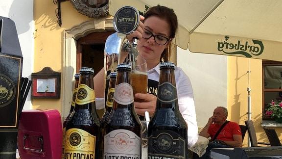 """Bier wird unter dem Label """"Goldzug"""" vermarktet"""