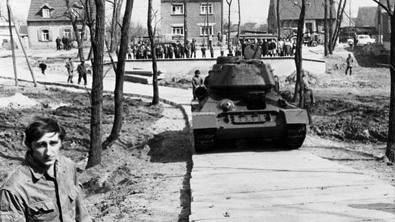 Der T34 hat sein Ziel im Park von Beilrode fast erreicht.