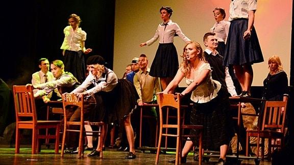 """Szene aus dem Musical """"Karol"""""""