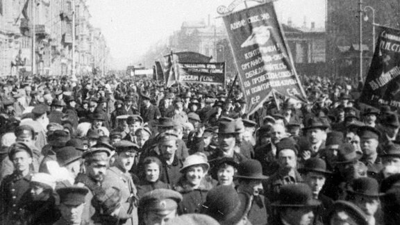 Demos Februarrevolution 1917 Petersburg
