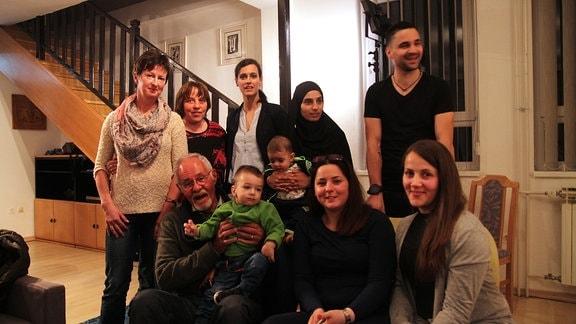 Die geretteten Kinder von damals treffen sich mit Jürgen Angelbeck und ihren ehemaligen Erzieherinnen