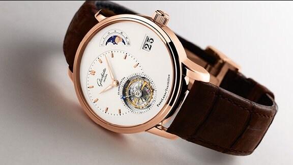 """""""Glashütte Original""""-Uhr, Modell """"PanoLunarTourbillon"""", Preis: 95.000 EUR."""