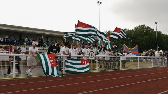 abchasischen Fans jubeln