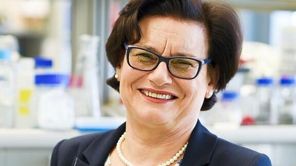 Ewa Łojkowska, Professorin Universität Gdansk, lächelt freundlich.