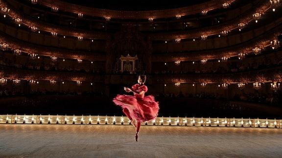 Michalina Olszańska als polnische Tänzerin Mathilda-Marie Feliksovna Kschessinskaja