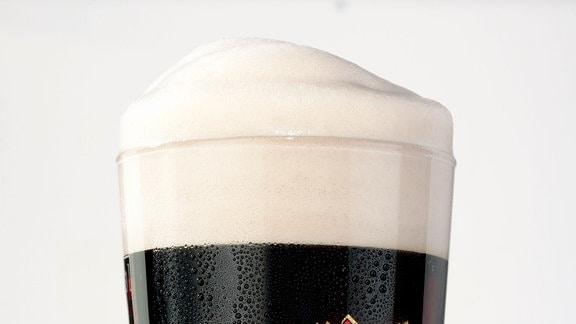 Ein Glas Hasseröder Schwarzbier