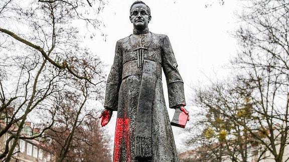 Henryk Jankowski - Denkmal