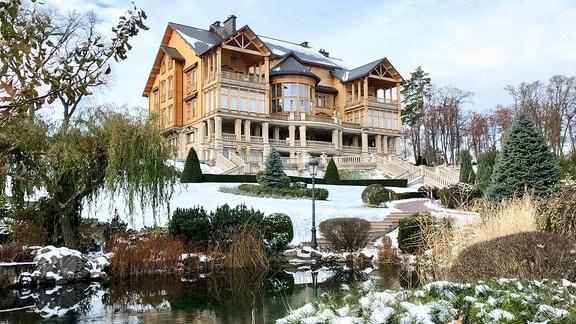 Haus auf einem Berg, die Janukowitsch-Villa.