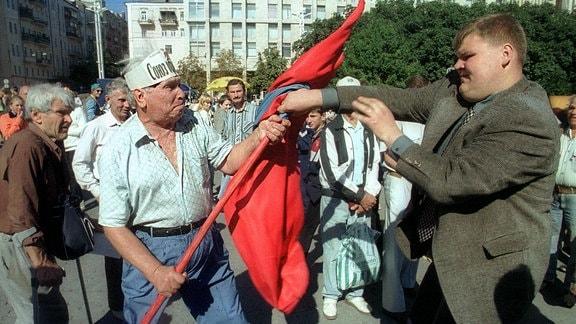 Kampf um rote Fahne