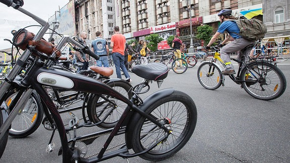 Fahrräder in Kiew.