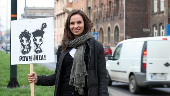 """Ewa Lutomska von """"Krakau-Smog-Alarm""""."""