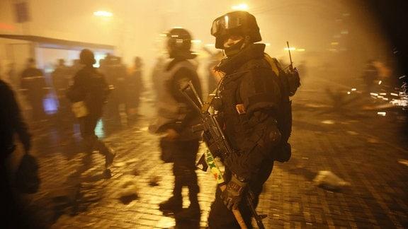 Kämpfe zwischen Polizeieinheiten und Demonstranten auf dem Maidan in Kiew, 2014