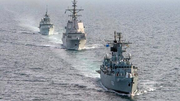 RNS Regele Ferdinand, ESP Admirante Juan de Borbon und HCMS St Johns