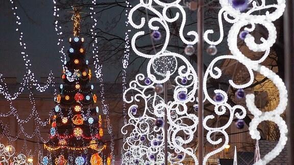 Neujahrstanne Sankt Petersburg, Russland