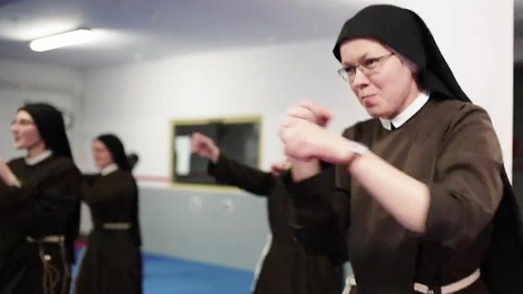 Nonnen boxen