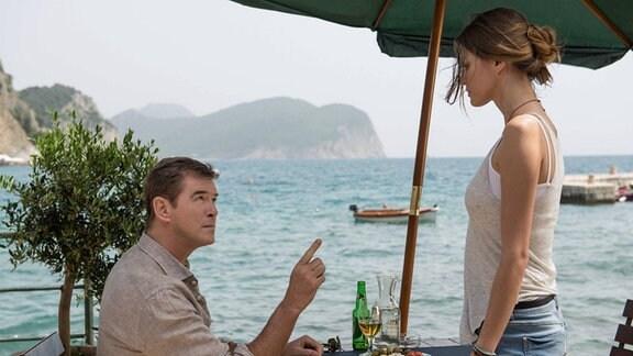Szene aus dem Film 'The November Man'