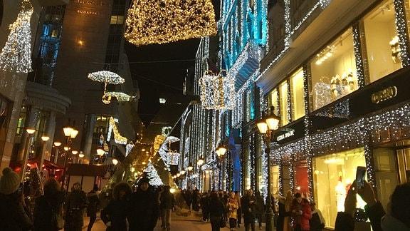 Festbeleuchtung zu Weihnachten