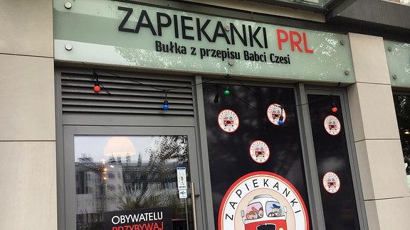 Eingangsbereich PRL Zapiekanka Bar