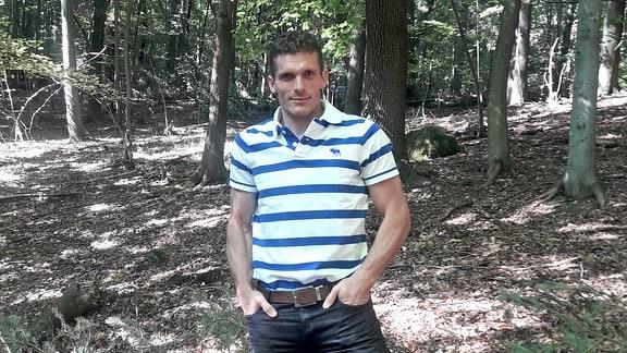 Priester Ljcha im Wald