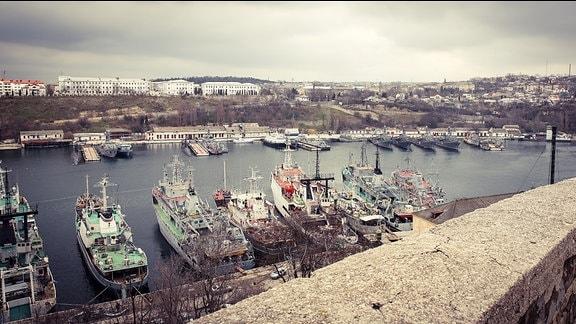 Blick auf den Hafen von Sewastopol.