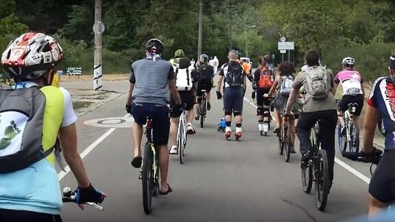 Fahrradfahrer, Inlineskater