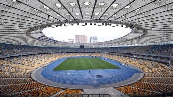 Blick in das Olympiastadion Kiew.