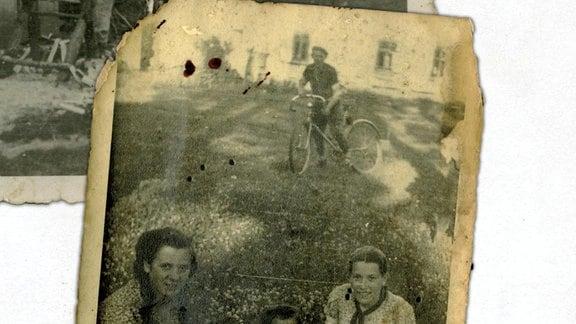 Ein mt Blut beflecktes Bild der jüdischen Nachbarn