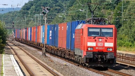 Ein Güterzug