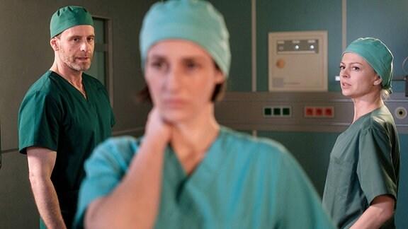 Dr. Kai Hoffmann (Julian Weigend), Dr. Maria Weber (Annett Renneberg), Dr. Ina Schulte (Isabell Gerschke)