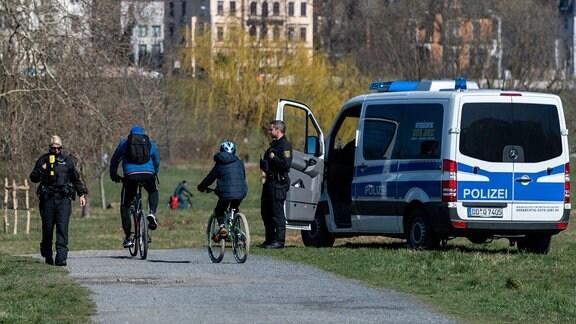 Polizei Kontrolle Ausgangssperre