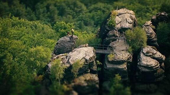 Luftaufnahme vom Elb-sandstein-gebirge