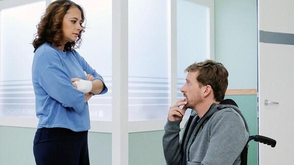 Tina (Heike Warmuth) und Daniel (Ben Blaskovic) sind laut einer Dating-App füreinander bestimmt. Doch plötzlich hört Daniel einfach auf zu schreiben. Als Tina ihm in der Sachsenklinik begegnet, fordert sie eine Erklärung. Doch das, was sie hört, schockiert Tina: Daniel ist HIV positiv.