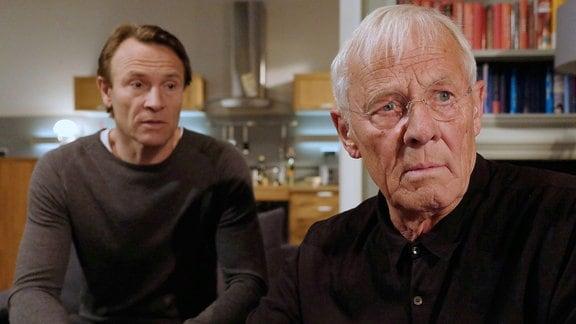 Bernhard Bettermann als Martin Stein und Rolf Becker als sein Vater Otto