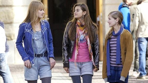 Marie mit Melissa und Jennifer